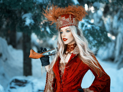 Обои Girl, gun, long hair, dress, weapon, hat, style, photo, photographer, blue eyes, winter, snow, model скачать