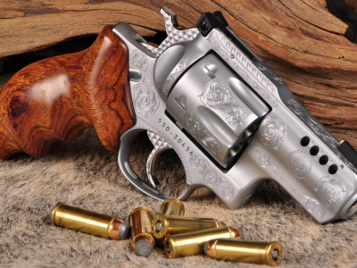 Обои Smith & Wesson, custom, револьвер, revoler, weapon, Оружие, engraving, гравировка, 357 Magnum скачать